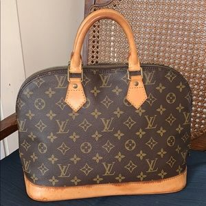 Authentic Vintage Louis Vuitton Alma